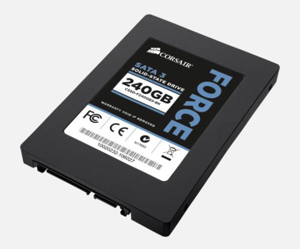 """Corsair Intern SSD 240GB Force 3 Series SATA III 2.5"""" (CSSD-F240GB3-BK)"""